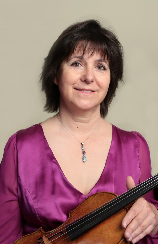 Susie Mészáros - Viola