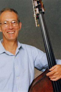 Michael Escreet - Bass